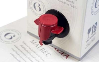 ES signe un partenariat avec SMURFIT®  pour la distribution des poches et caisses (incluant robinets VITOP®)